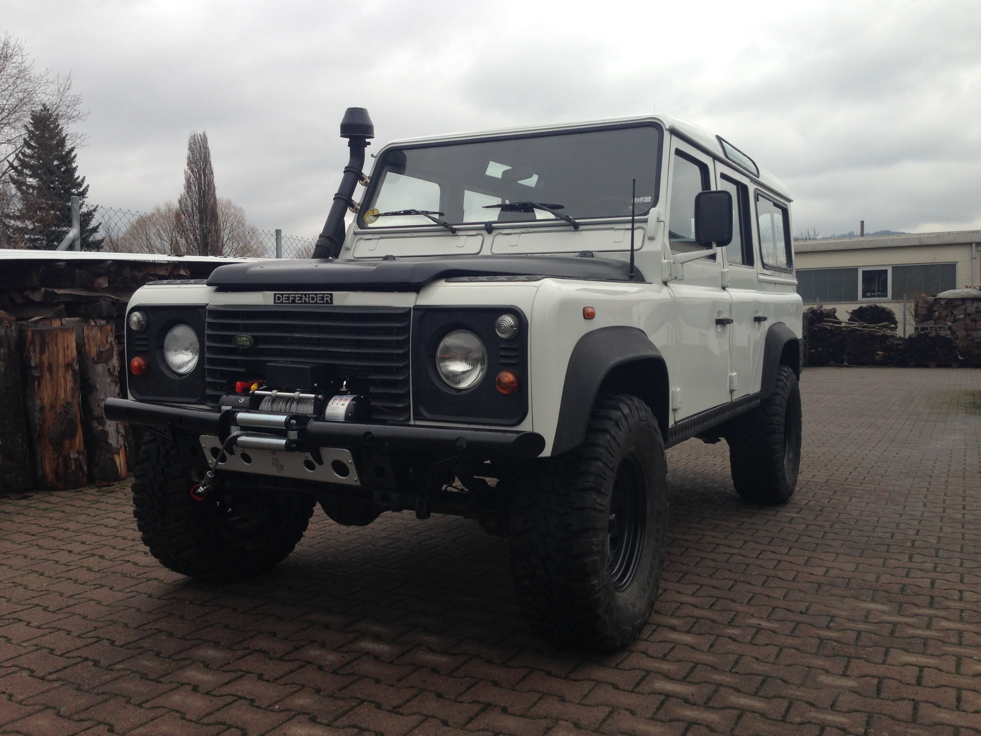 land rover defender 110 | pat's offroad cars & parts